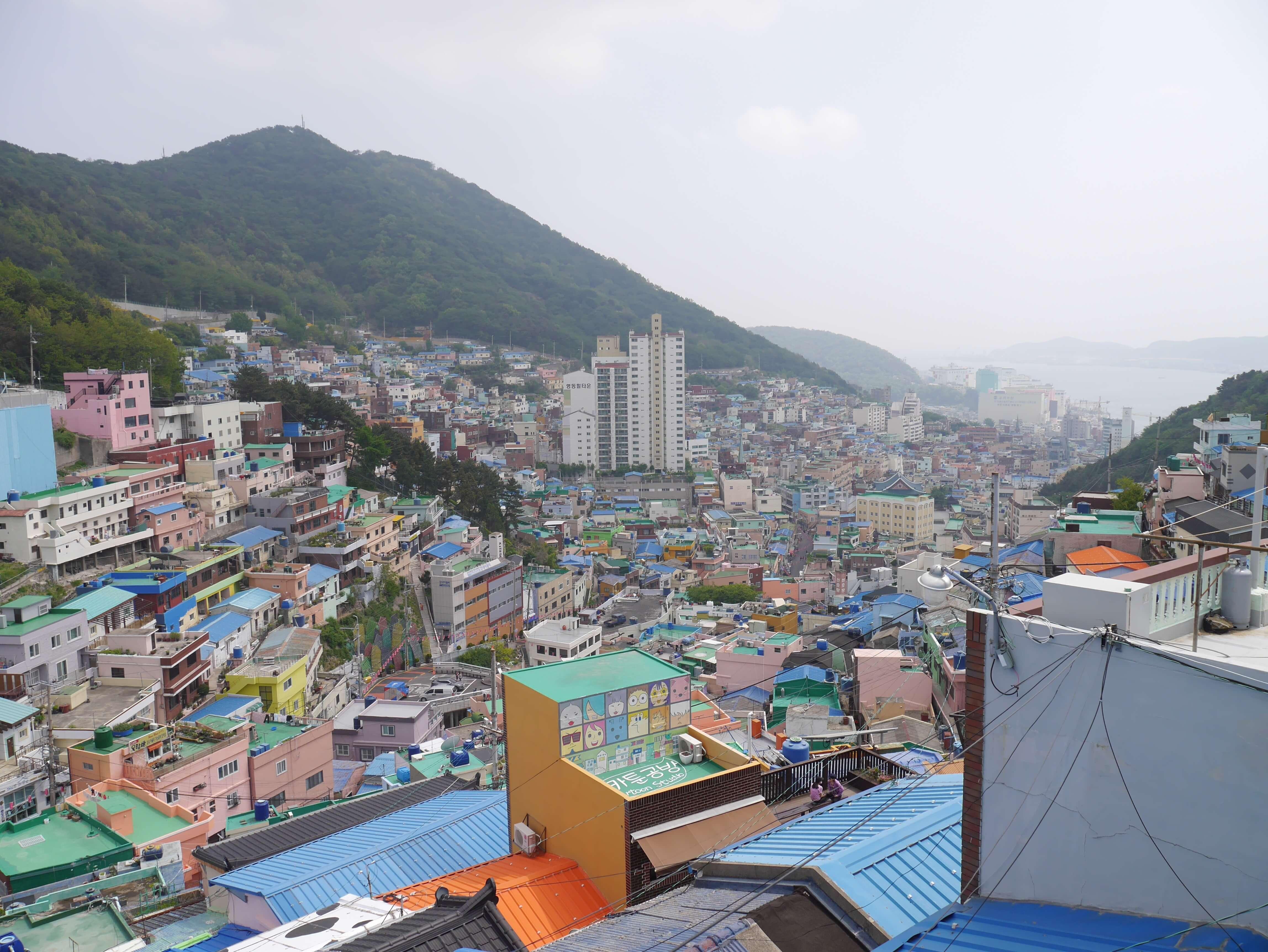 Gamcheon-Busan-Korea-buildings-colourful