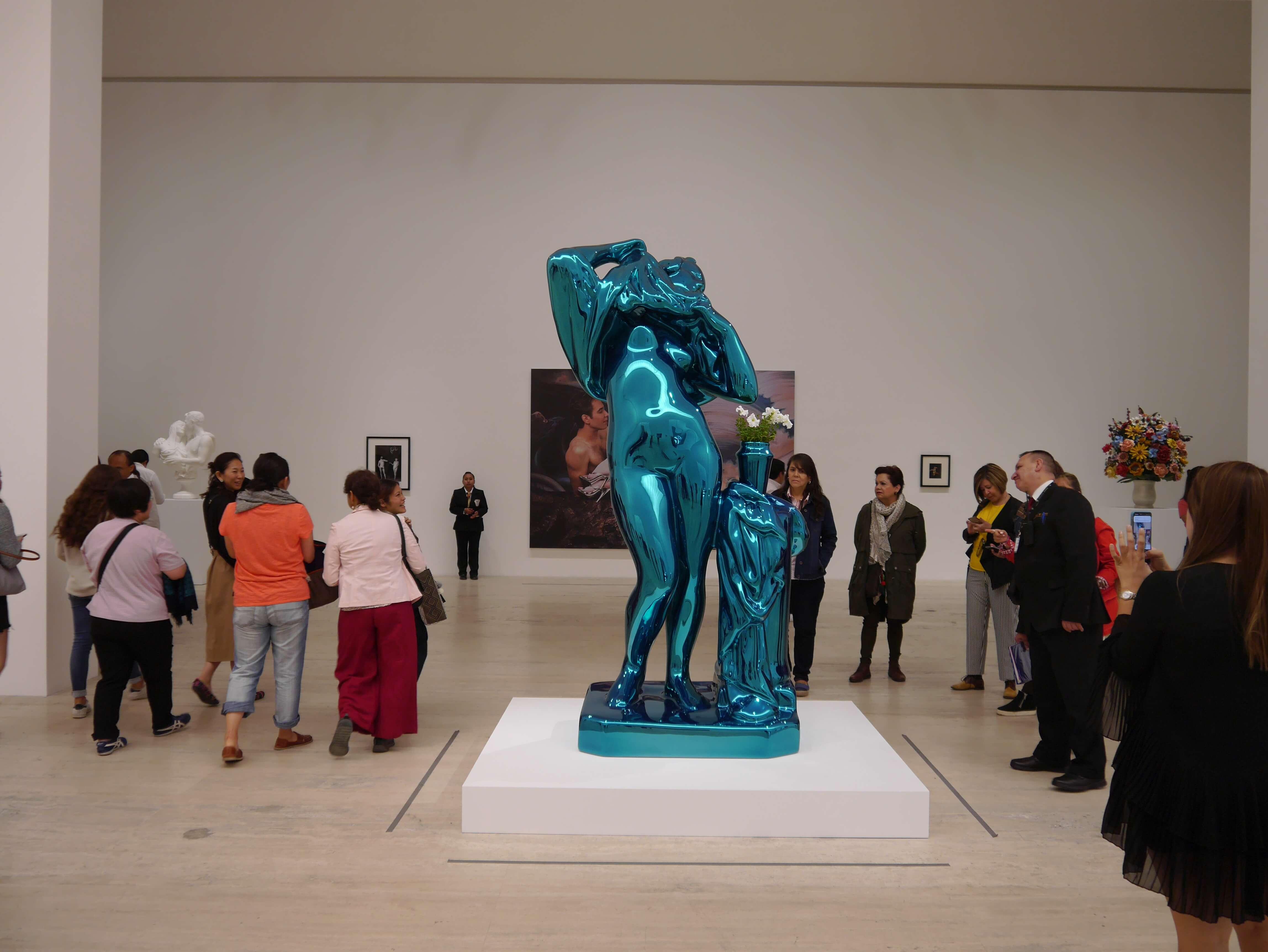 Jeff-Koons-estatua-Museo-Jumex