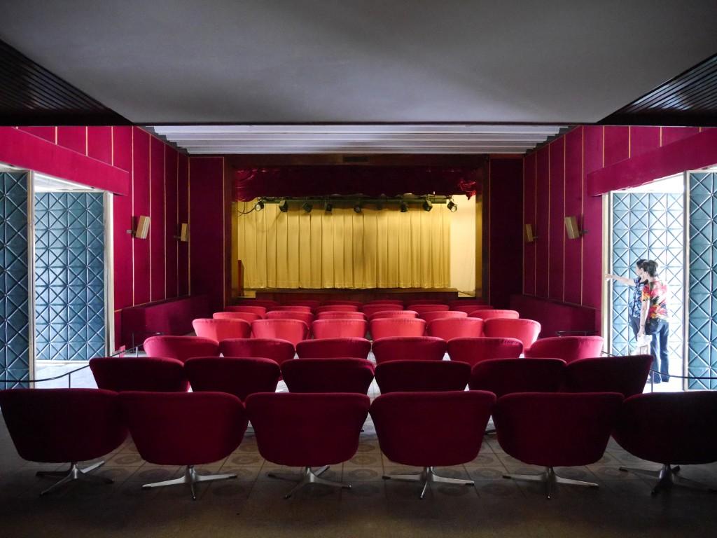 Reunification-Palace-cinema-Saigon-Vietnam