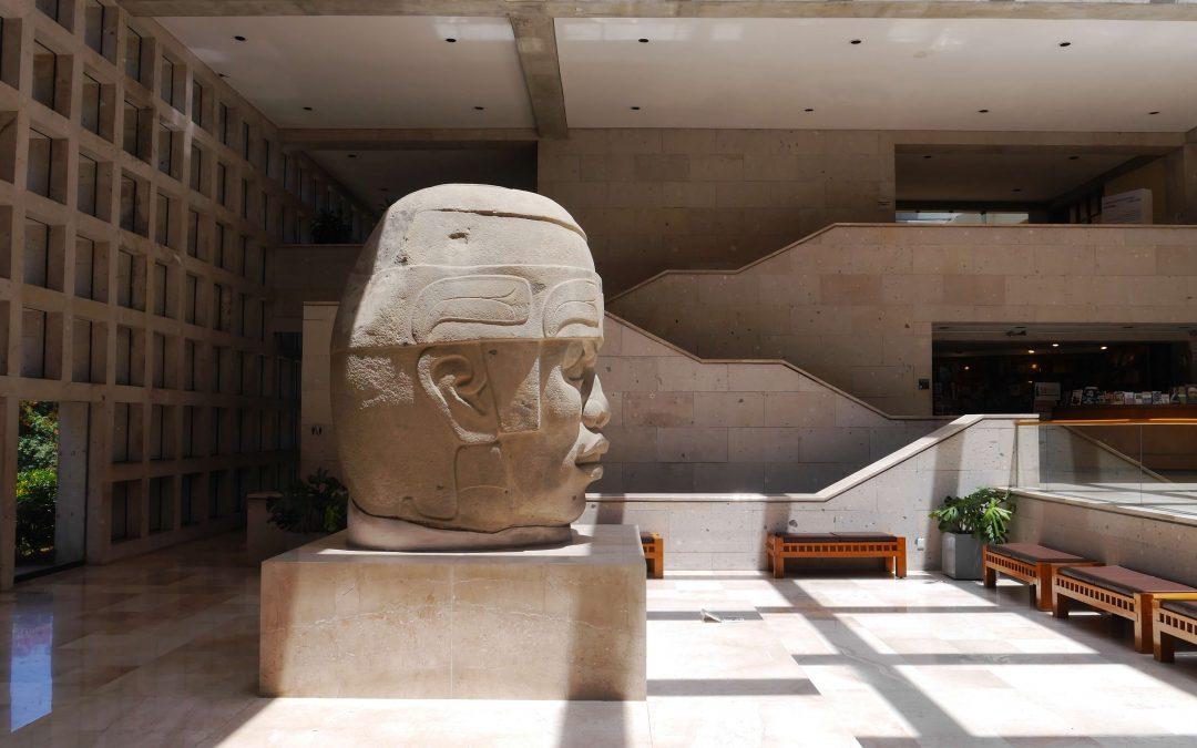 Cabeza-olmeca-Museo-Antropología-Xalapa